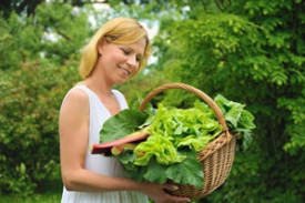 woman carrying healthy food