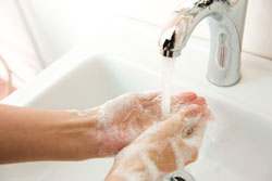 wash hands to stop spread of germs